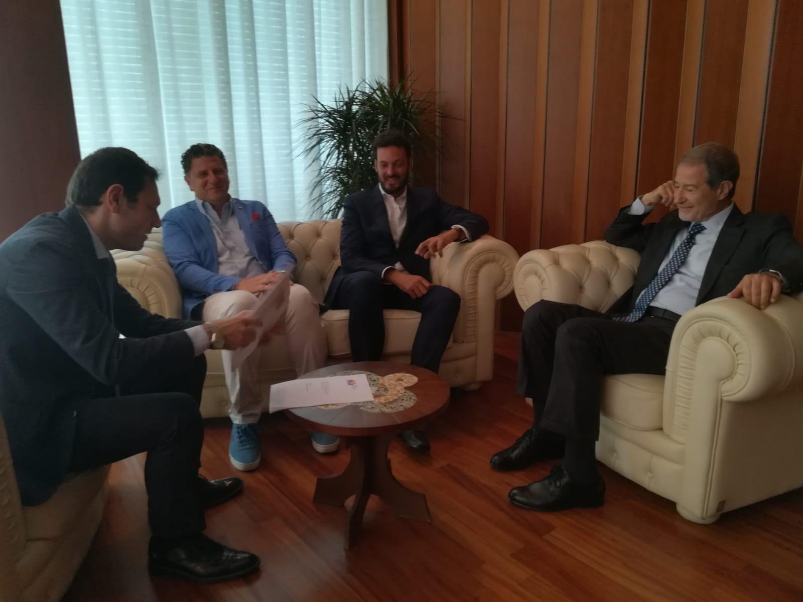 """NUOVO OSPEDALE DI SIRACUSA, CONSEGNATA AL SINDACO ITALIA LA RELAZIONE TECNICA. MUSUMECI: """"PER IL GOVERNO E' OPERA PRIORITARIA"""""""